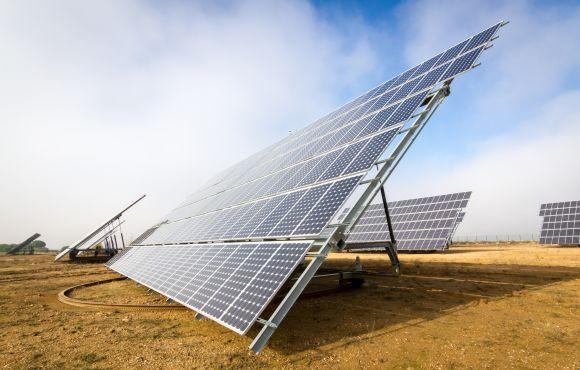 Instalación fotovoltaica de 1MW con seguidores en Villanueva de Duero, Valladolid.